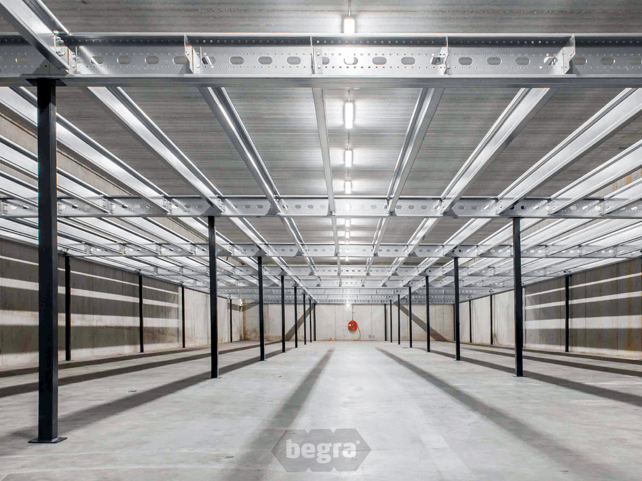 Mezzanine floors begra storage solutions - Mezzanine verlichting ...